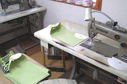 枕 製造現場